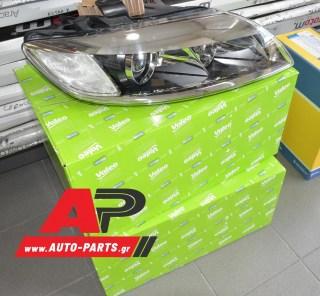 Ανταλλακτικό μπροστινό φανάρι Δεξί (Πλευρά Συνοδηγού) για AUDI Q7 (2006-2009) Κωδ: 4L0 941 030 A - Φωτογράφηση στο κατάστημα της Auto-parts.gr